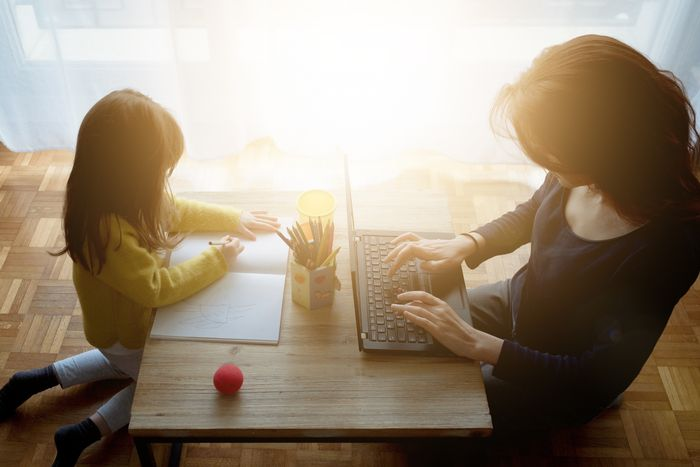 5 TIPS TO HELP YOU WORK FROM HOME... WITH CHILDREN!